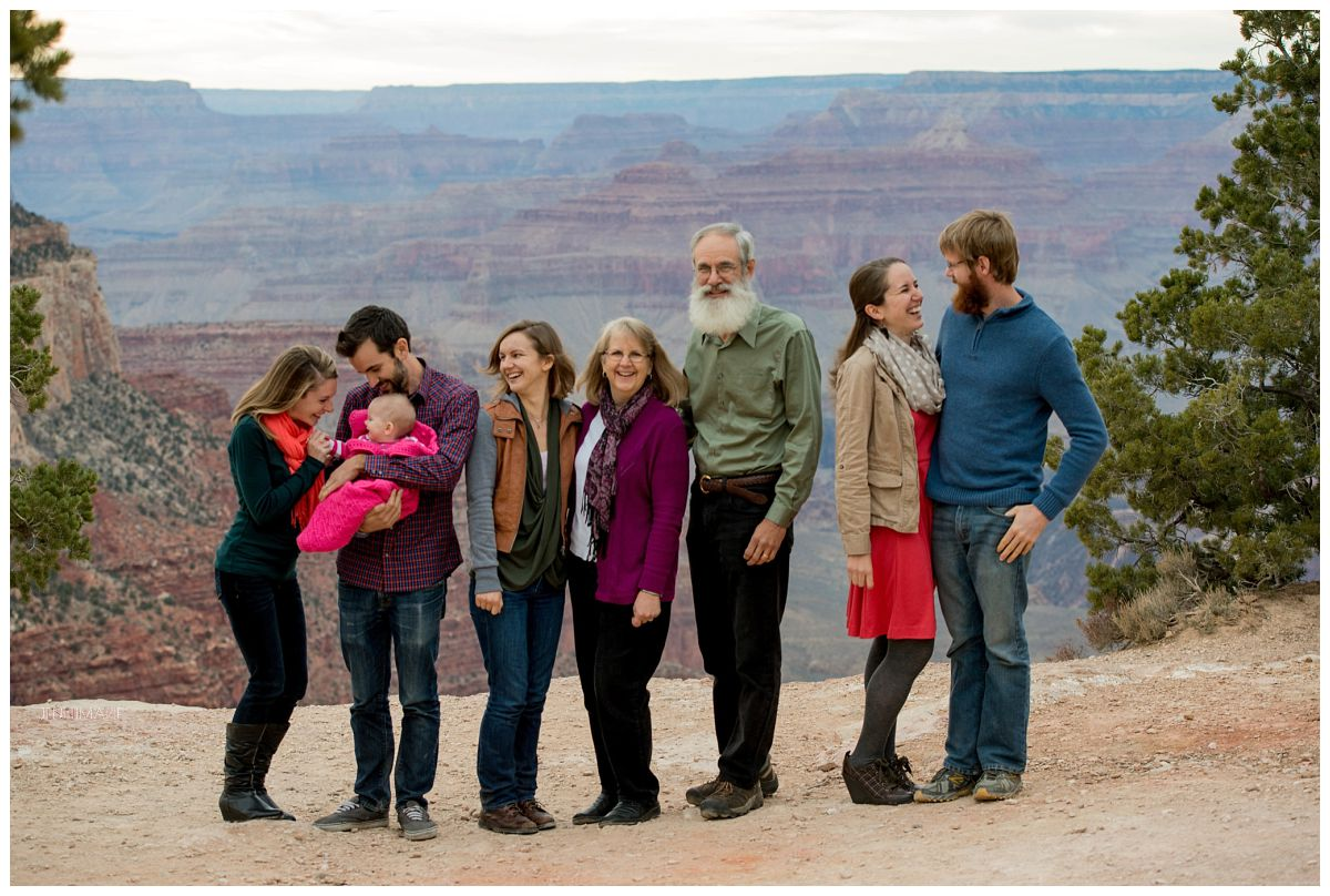 "What to wear inspiration: ""colors of an Arizona sunset"" created a cohesive yet diverse look for extended family photos."