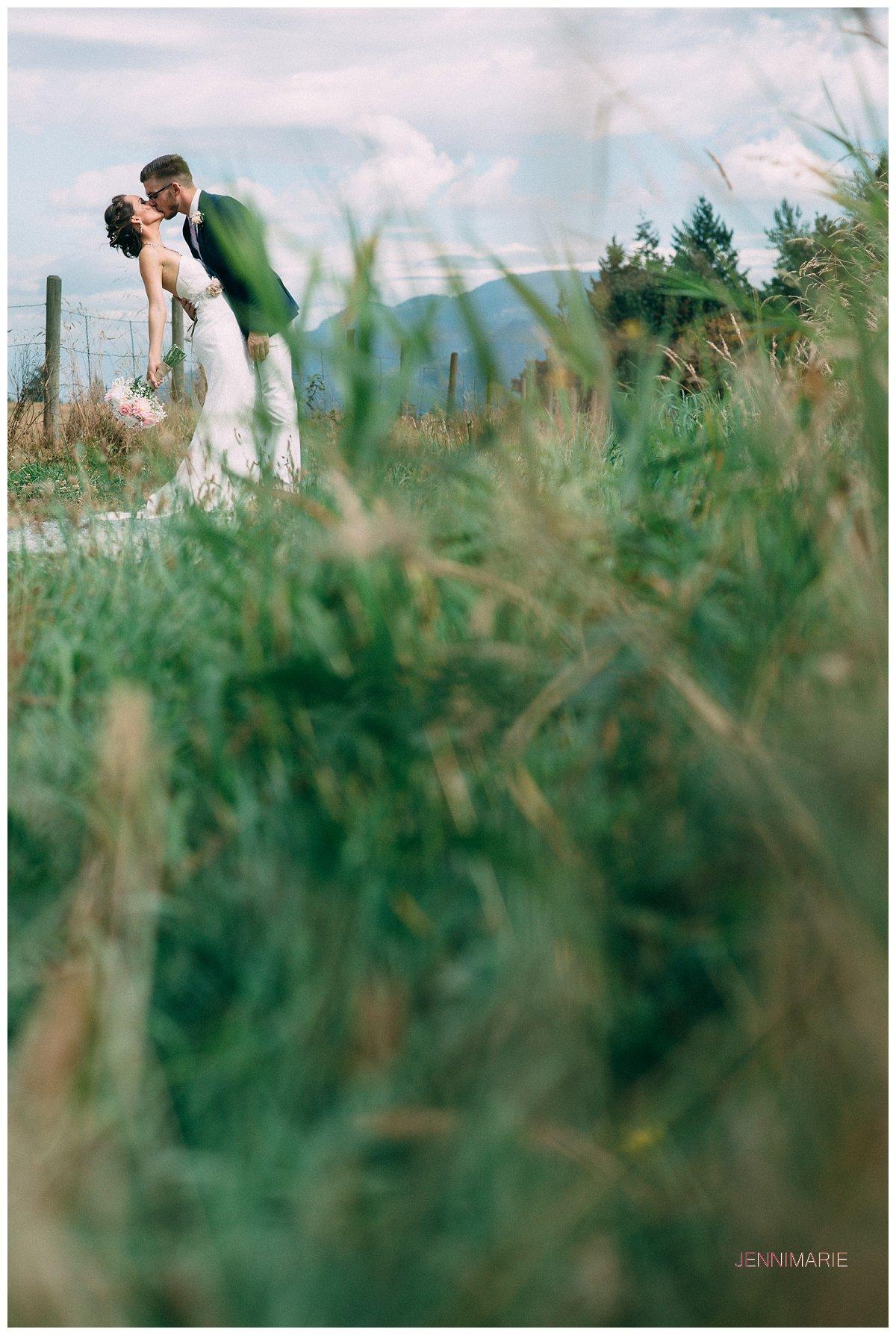 abbotsford_backyard_wedding (19)