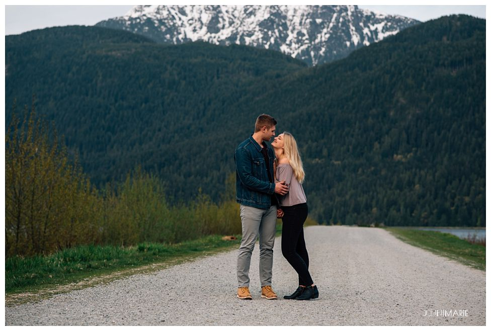 Pitt Lake engagement photos
